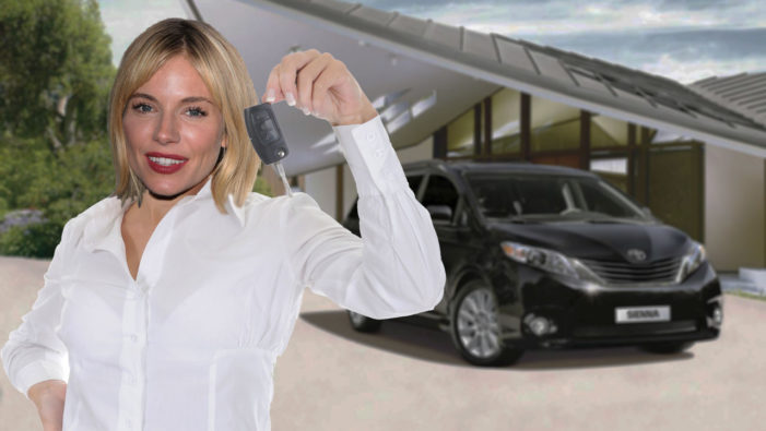 No Way!:  Sienna Miller Drives A Toyota Sienna